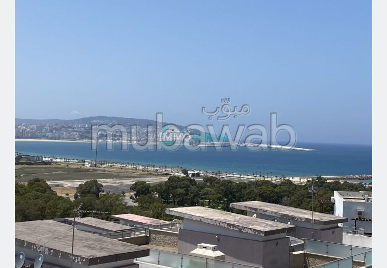 Sale of a lovely apartment in Malabata. Small area 245.0 m². No Lift, Balcony.