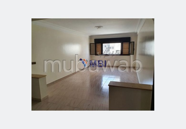 Find an apartment for rent in Centre. Area of 130 m².