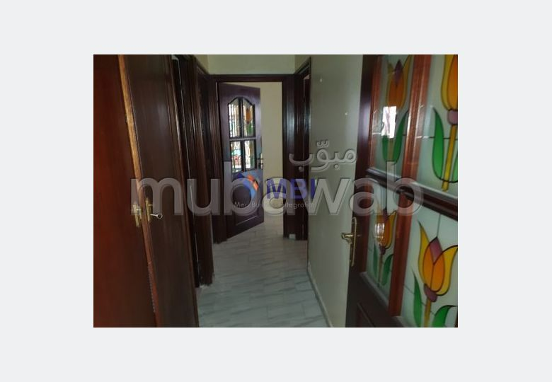 Apartment for rent in Centre. 3 Small room. Terrace.