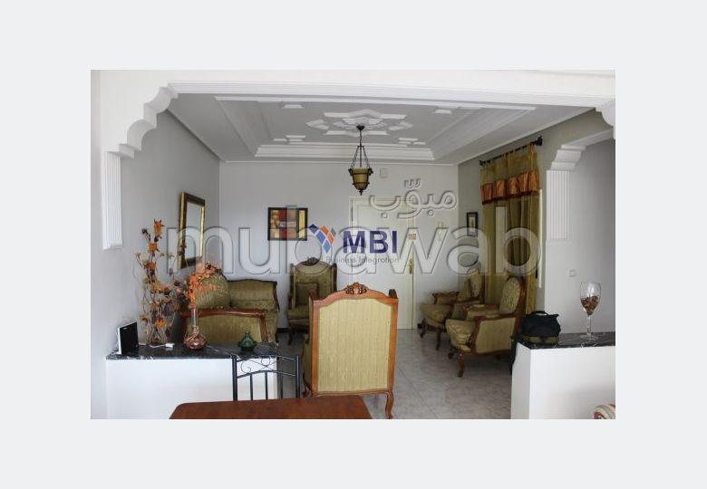 Appartement semi meublé à louer