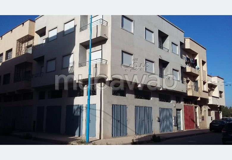 House for sale. Area of 152.0 m². Garage and terrace.