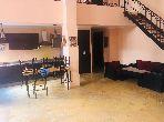 Louez cet appartement à Guéliz. Superficie 200 m². Bien meublé.