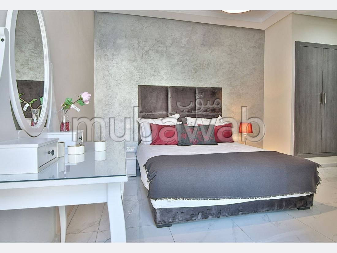 Sell apartment. Total area 86 m². Garden.