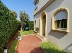 Luxury villa for sale. 7 rooms. Cellar, Large terrace.
