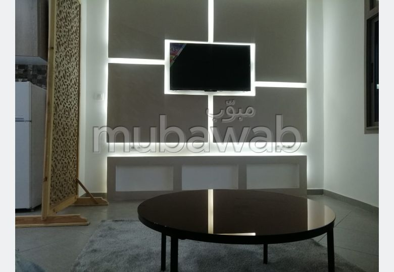 Lovely apartment for rent. Surface area 65 m². Furnished.