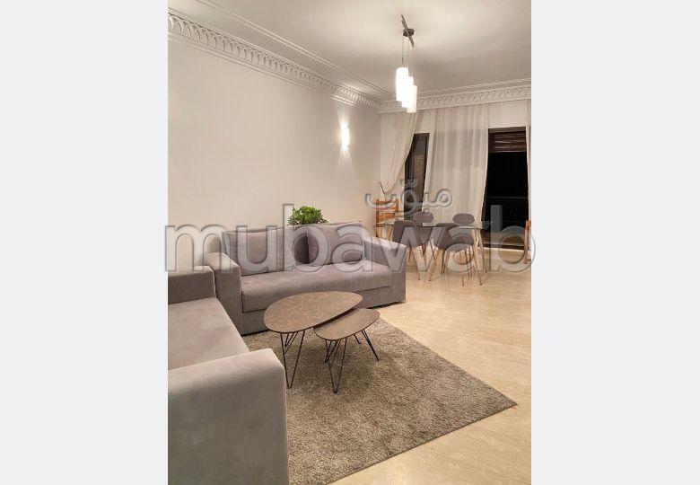 شقة للإيجار بكليز. المساحة 100 م². مفروشة.