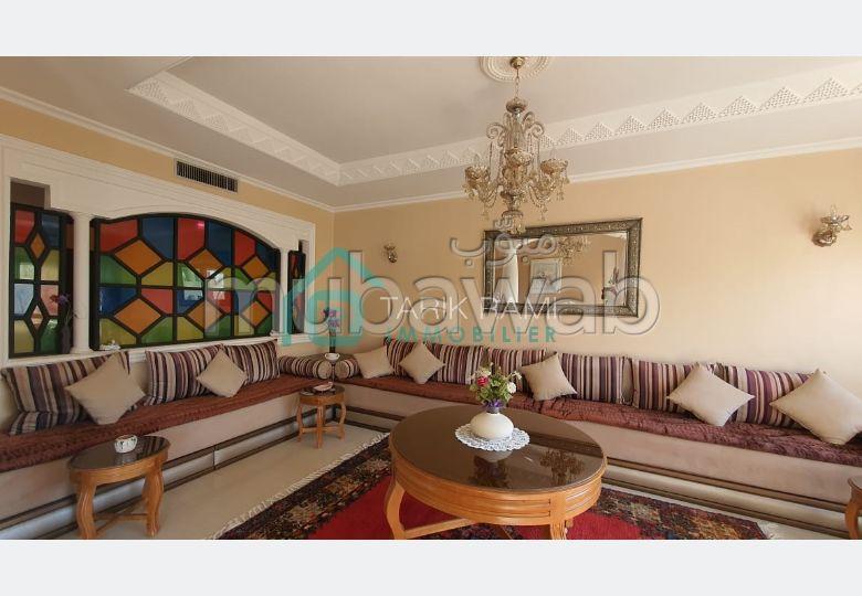 شقة جميلة للكراء بطنجة. 6 قطع. شرفة كبيرة.