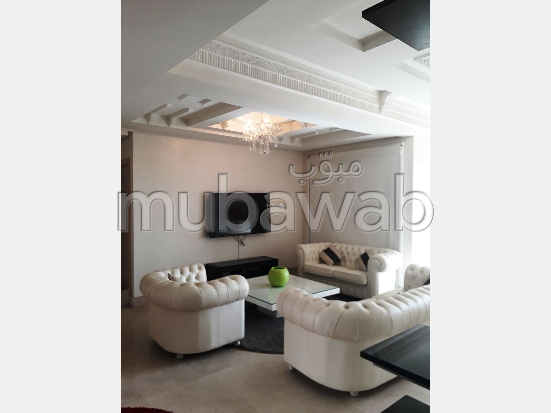 Lovely apartment for rent in Hivernage. 3 comfortable rooms. Terrace.