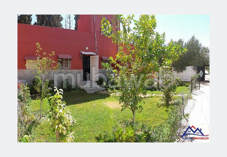 Coquette maison à louer sur la route de Marrakeh