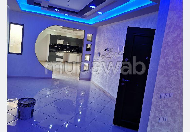 Appartement en vente à Bouznika. 3 belles chambres.