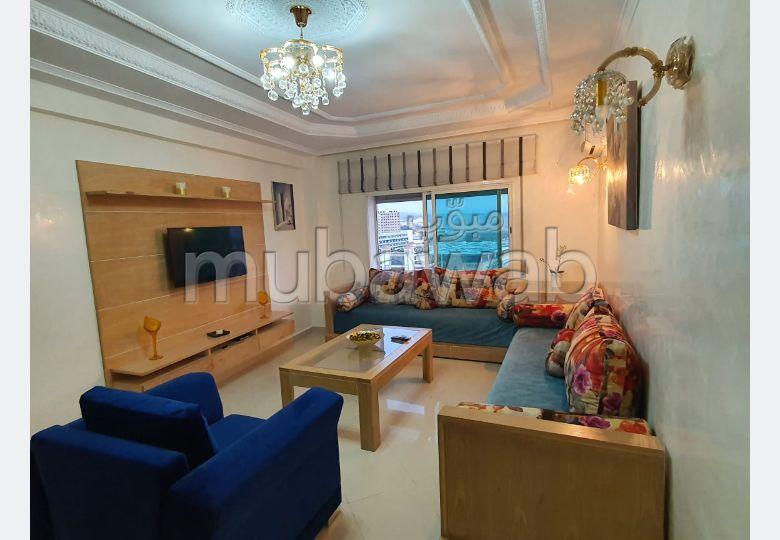 Magnífico piso en alquiler. 2 dormitorios. está amueblado con buen gusto.