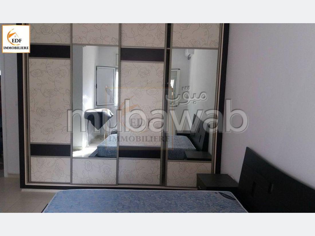 : Une luxueuse villa sur 3 niveaux à Ain Mariem Réf 2090