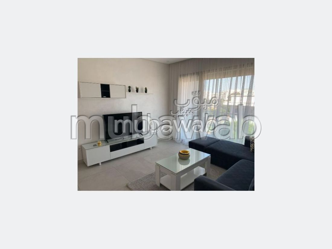 Apartment for rent in Maârif Extension. 2 Practice. With garage and lift.