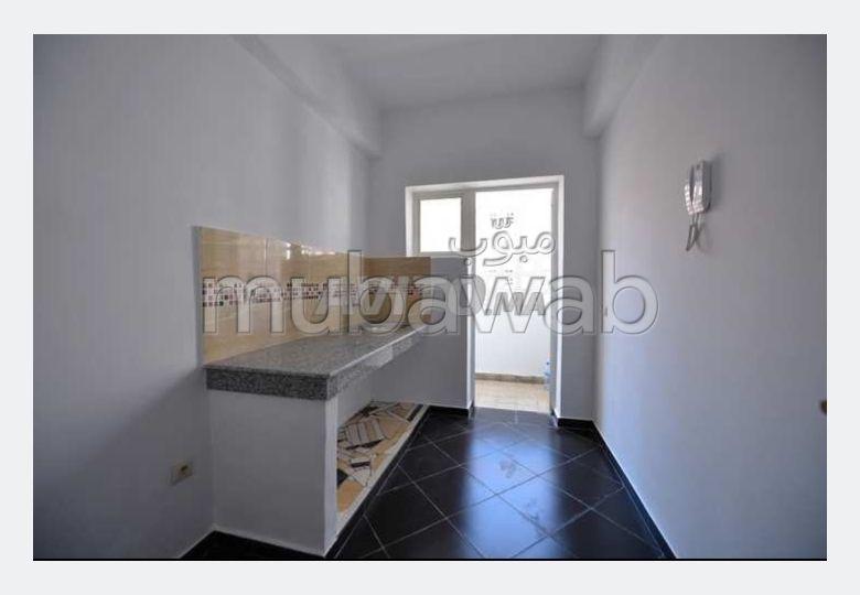 شقة رائعة للبيع بمراكش. 2 غرف جميلة. إقامة بالبواب.