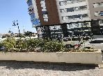 Vend local commercial à Tanger. Superficie 126.0 m². Garage et terrasse