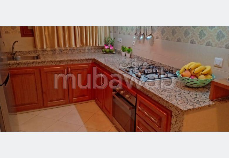 Trouvez votre maison à acheter à Casablanca. 4 pièces confortables.
