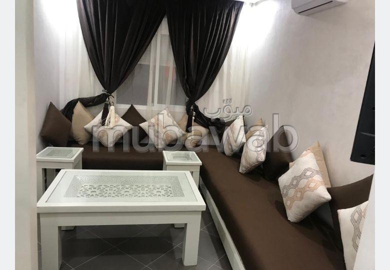 شقة رائعة للبيع ب سيدي غانم. 2 غرف ممتازة. تلفاز.