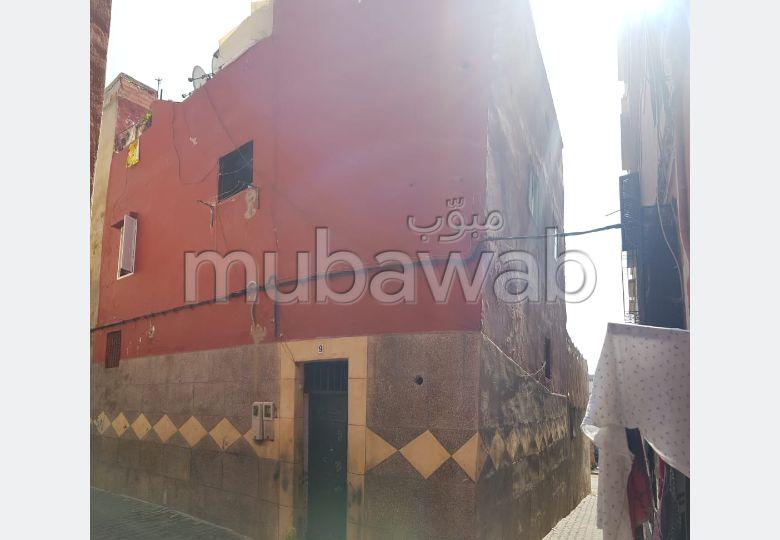 Maison à l'achat à Casablanca. 2 grandes pièces