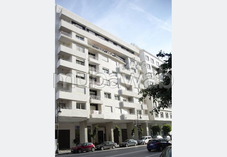 Fabulous apartment for sale. 3 beautiful rooms
