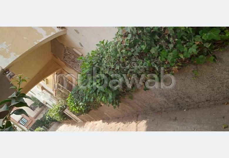 Maison à vendre à Casablanca. Surface totale 119.0 m². Jardin et terrasse.