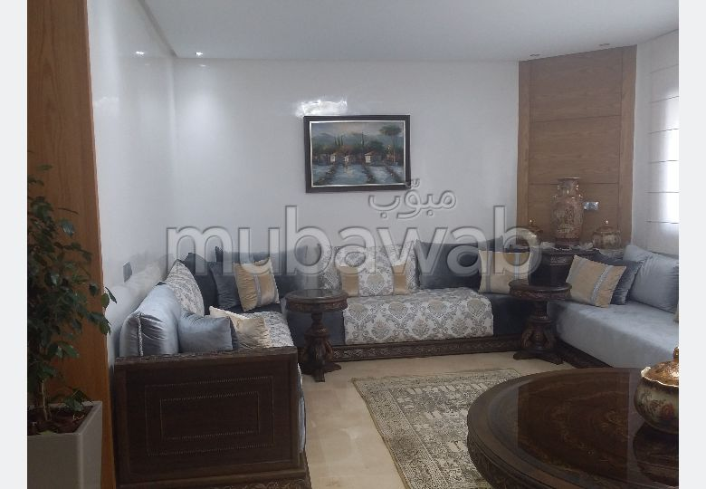 Home to buy. Large area 120.0 m². Functional fireplace.