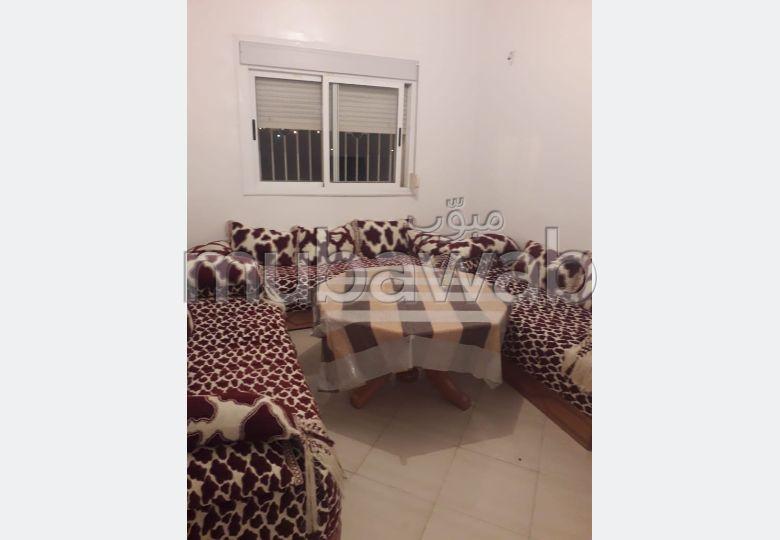 Appartement en vente à Tanger. 2 chambres. Salon traditionnel marocain, résidence