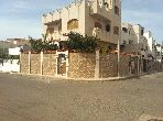 Villa de lujo en venta. Dimensión 196.0 m². Jardín privado, trastero.