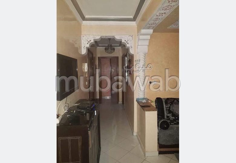 شقة جميلة للبيع بطنجة. المساحة 70.0 م². مصعد وشرفة.