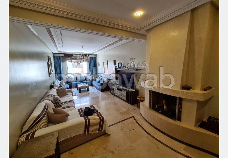 شقة رائعة للبيع بطنجة. المساحة الإجمالية 145.0 م². مكان وقوف السيارات وشرفة.