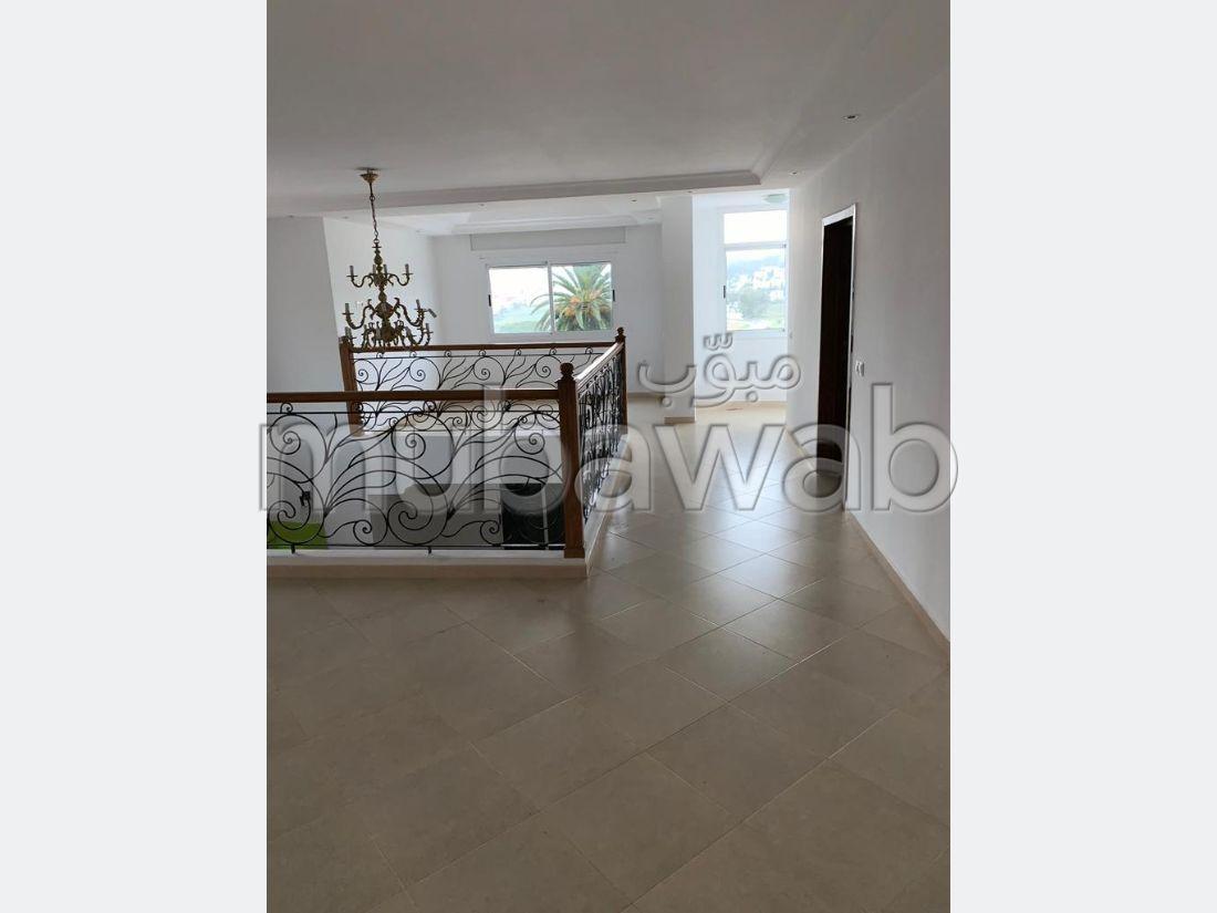 Villa 7 pièces non meublé en location
