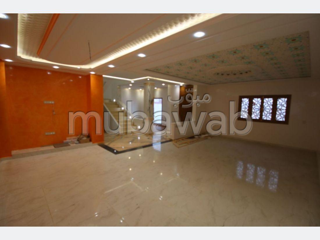 Villa de 220 m² a vendre Tanga balia