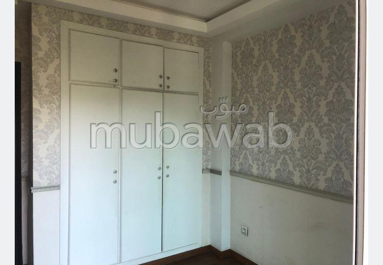 Luxueux appartement à louer situé à Hay Riad