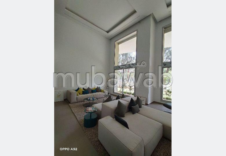 Appartement en location à Agdal. Surface totale 61.0 m². Ascenseur et places de parking