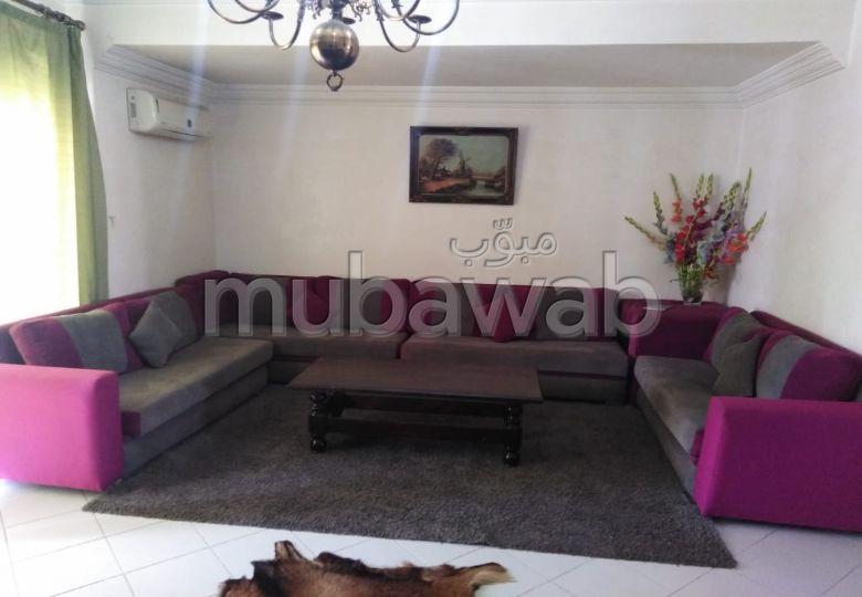 Location d'un appartement à Agadir. Surface de 130.0 m². Meublé.