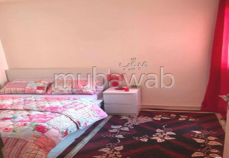 Find an apartment for rent. 2 rooms. Fully furnished.