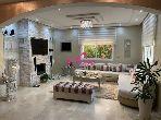 Villa de lujo en venta. 3 Suite parental. Jardín y garaje.