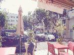 Vend local commercial à Rabat. Superficie 58 m². Grand balcon