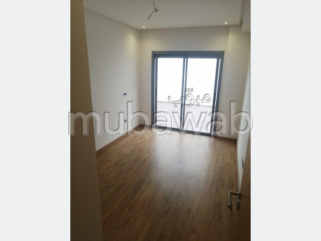 Bonito piso en venta. 3 Dormitorio. Ascensor y plazas de aparcamiento.