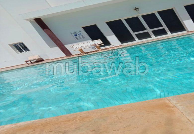 Appartement à louer à Agadir. 2 pièces confortables. Porte blindée, sécurité