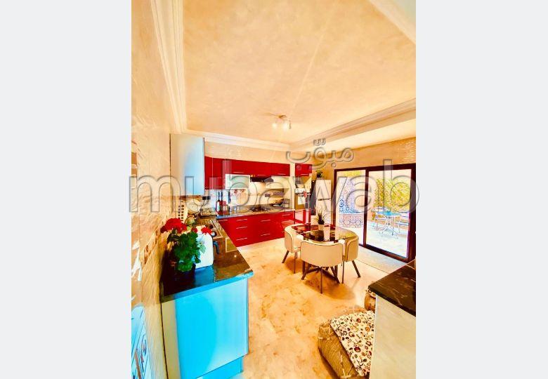 Casa en venta. 5 Sala de estar.