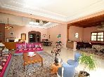 Apartment for sale. Surface area 163.0 m². Furnished Moroccan living room, Enclosed residence.