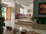 A vendre coquette villa duplex  rénové 240m2 à Ain Diab