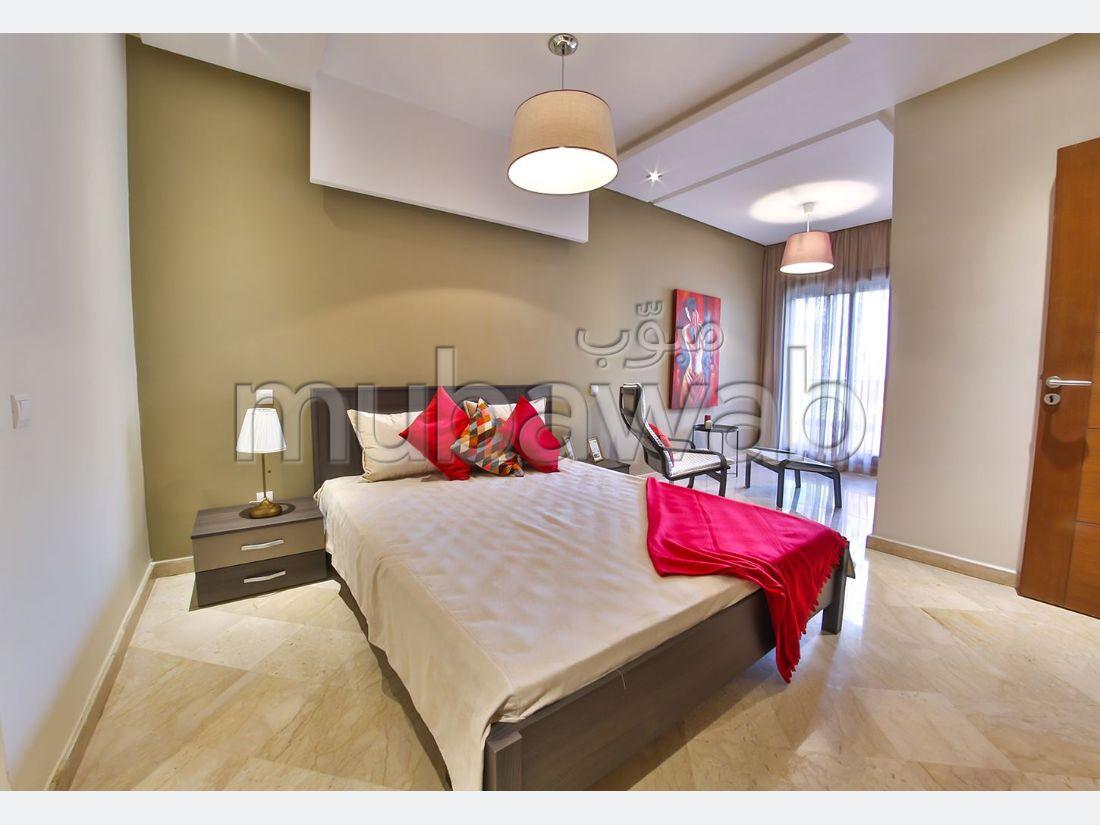 شقة رائعة للبيع بالدارالبيضاء. المساحة 115 م².