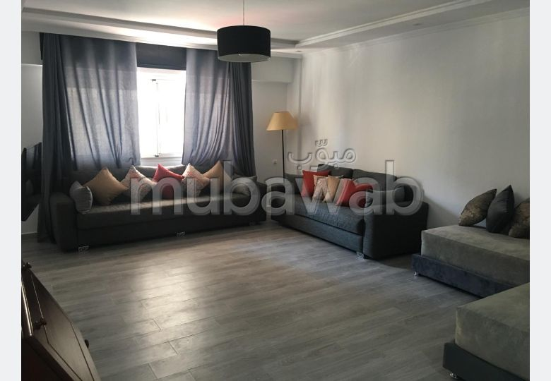 Very nice apartment for rent. Total area 120.0 m². Traditional living room and reinforced door.