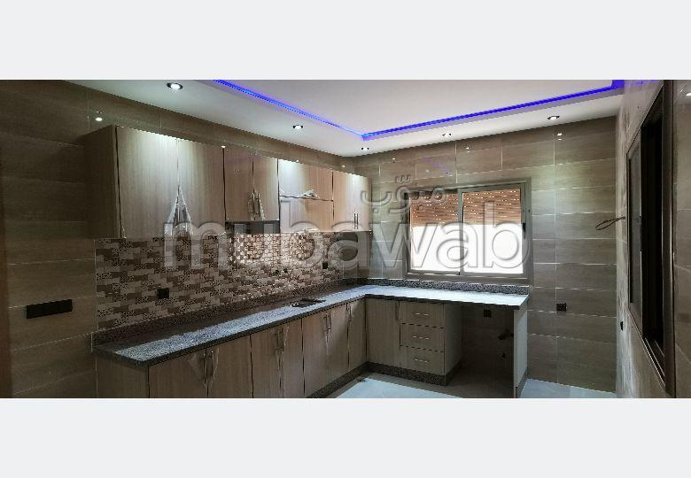 Bonito piso en venta. Superficie de 110.0 m². Cocina bien equipada.