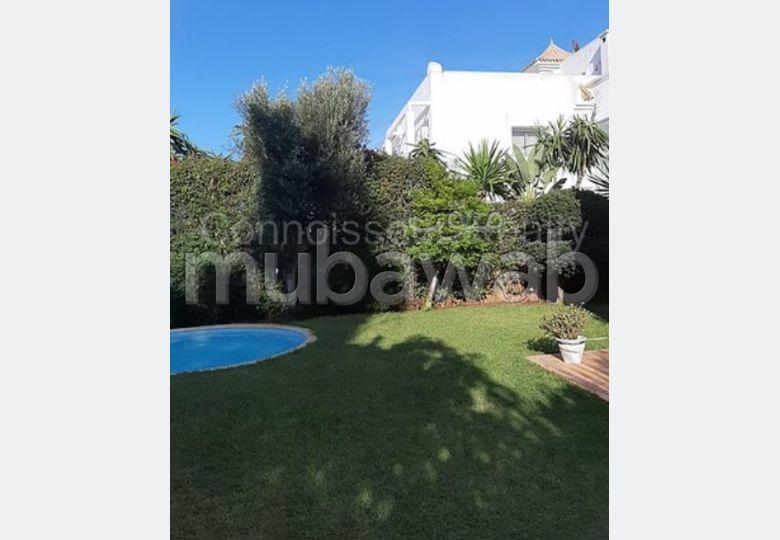 Affaire à saisir!! villa dans résidence sécurisée Ain Diab!
