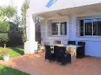 Luxury Villa for sale. Surface area 630 m². Gardeners, Large terrace.