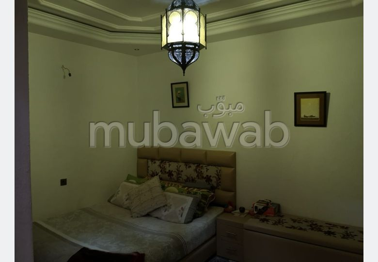 Beautiful house for sale. Area of 90.0 m². Furnished Moroccan living room, General satellite dish system.