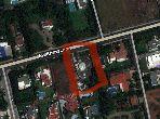 Terrain de 2205.0 m² avec villa de 600m2