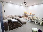 شقة رائعة للبيع بطنجة. 1 غرفة. تتوفر الإقامة على خدمة الكونسياج ونظام تكييف الهواء.